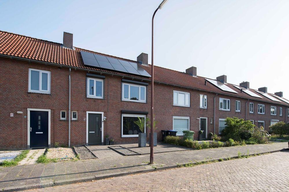 Esdoornstraat 3, Oudenbosch