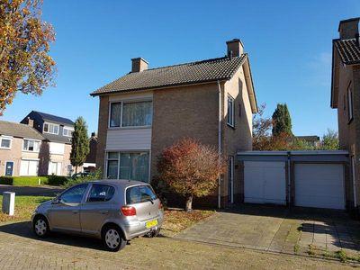Ds. van Heusdenstraat 22, Hilvarenbeek