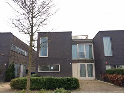 Lucebertstraat 17, Almere