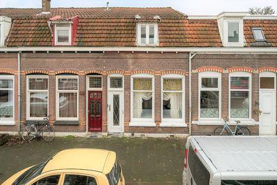 Jacob Catsstraat 104, Dordrecht