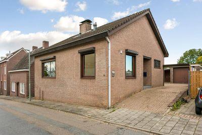 Terveurdtweg 10, Hoensbroek