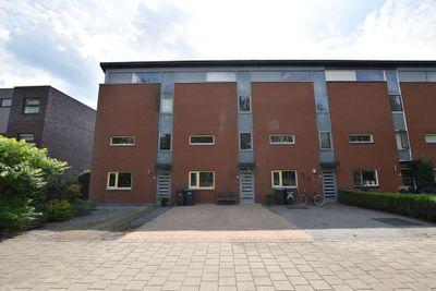 Cannenburch 152, Lelystad