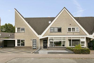 Muntendamstraat 40, Tilburg