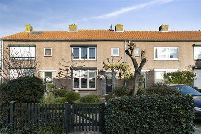Van der Mijlestraat 7, Oud-alblas