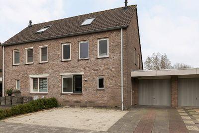 Ringiastins 15, Leeuwarden