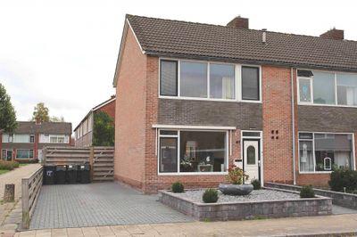 Grote belt 67, Veendam
