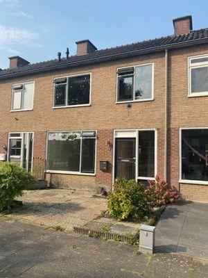 Spireastraat, Hoogeveen