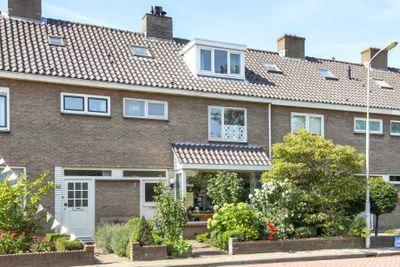 Jan van Bergenstraat 7, Heemskerk
