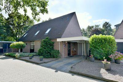 Korenbloem 32, Deventer