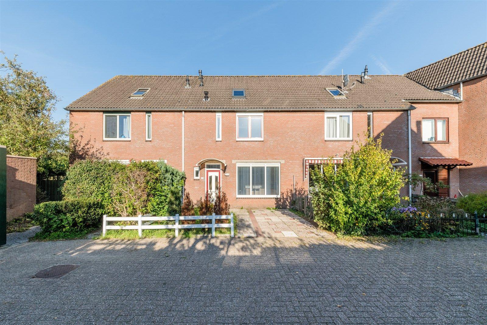 Overgouw 35, Almere