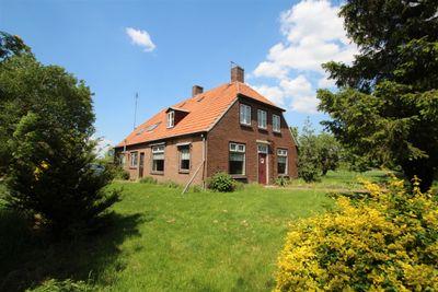 Valburgsestraat 7, Slijk-ewijk