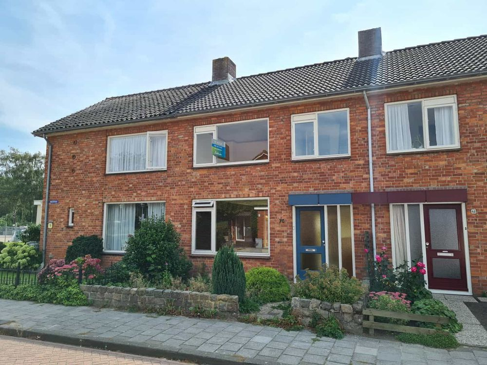 Anjerstraat 70, Steenbergen Nb
