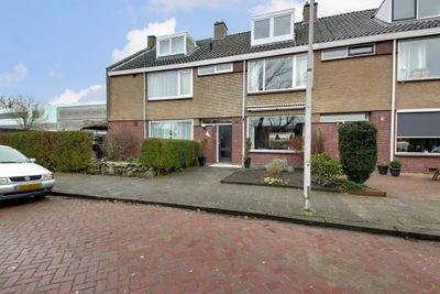 Paulus Potterstraat 28, Hoogeveen