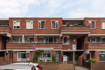 Escamplaan 915, Den Haag