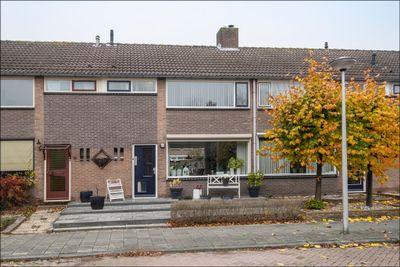 Graaf Adolfstraat 4, Leerdam