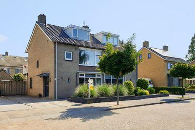 Zuidlaan 9, Prinsenbeek