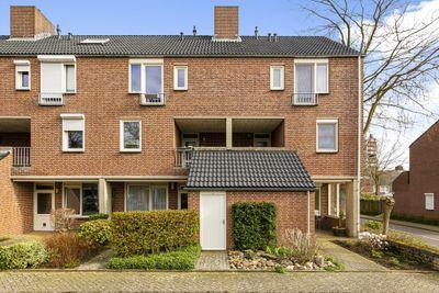 Aventijnhof 2-B, Maastricht