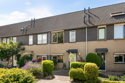 Ravelijn 11, Zaltbommel