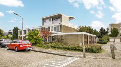 Roosmarijnhof 35, Duivendrecht