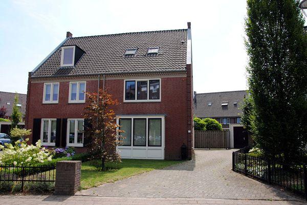 Hamsvoort 9, Helmond