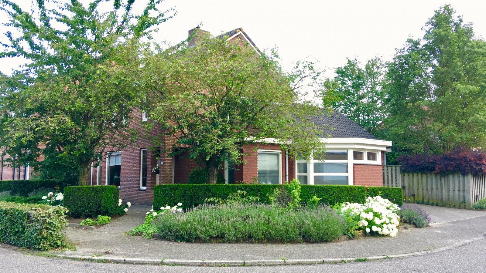 Veldstraat, Stramproy