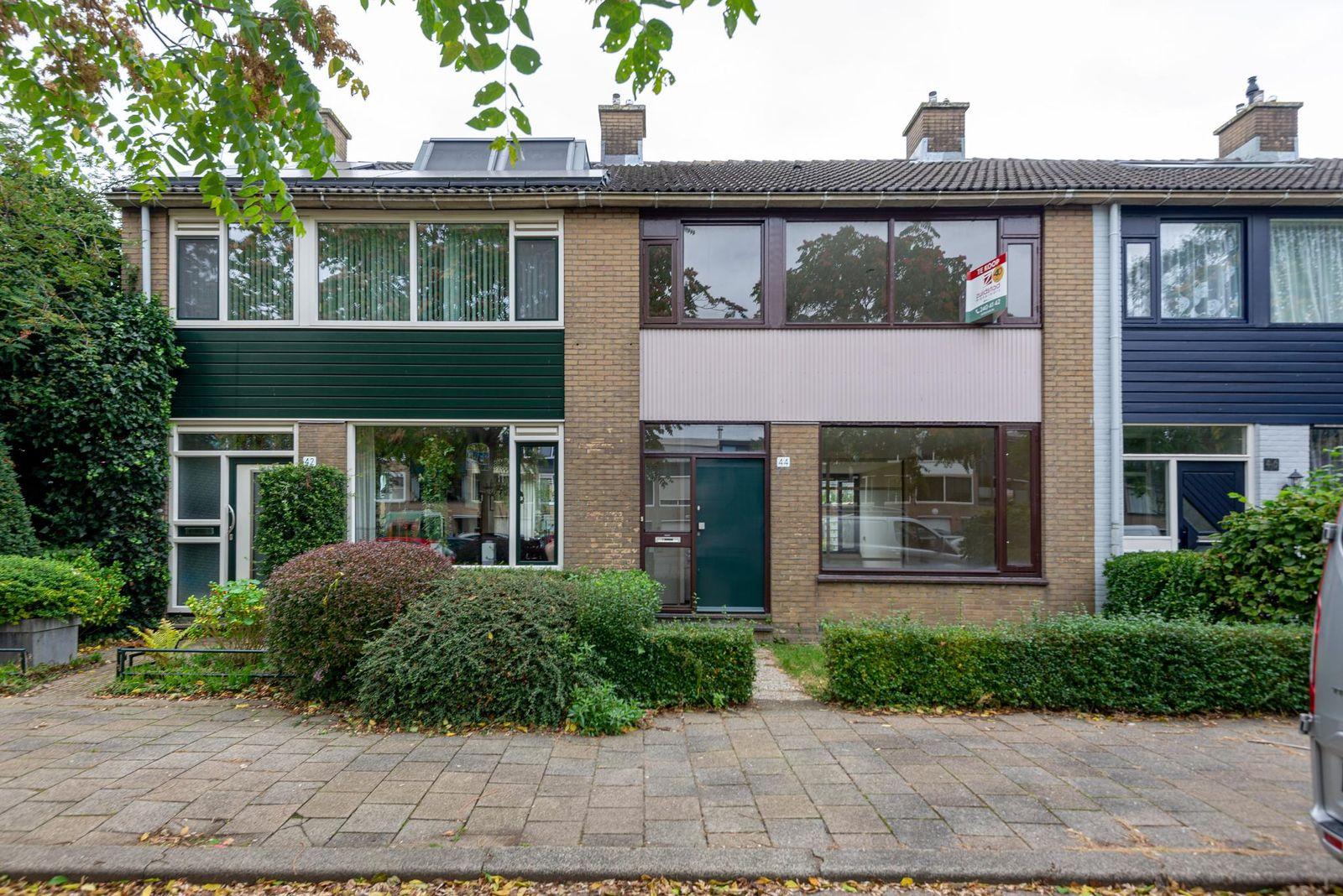 Passiebloem 44, Rotterdam