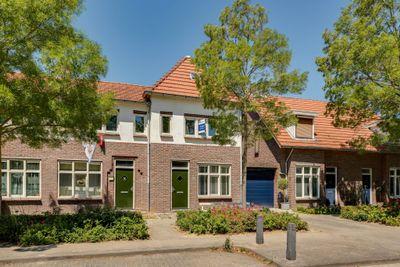 Staringstraat 105, Heerlen