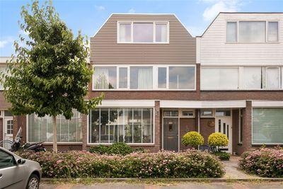 Willem van Geldorpstraat 23, Rosmalen
