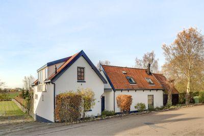 Westdijk 14, Heinenoord