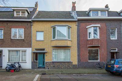 Raadhuisstraat 16, Maastricht