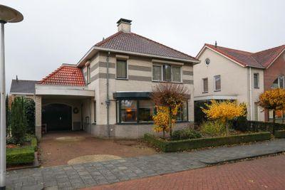 Dorpsbleek 6, Wierden