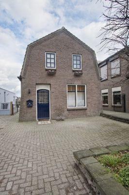 Sint Jozefstraat 45, Deurne