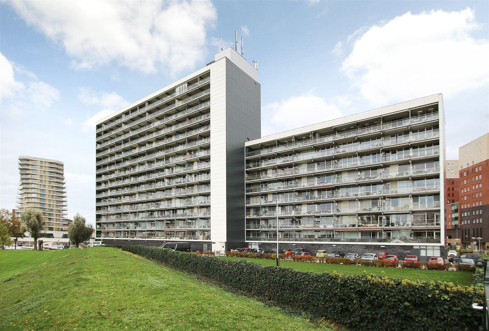 Arlo 23, Roermond