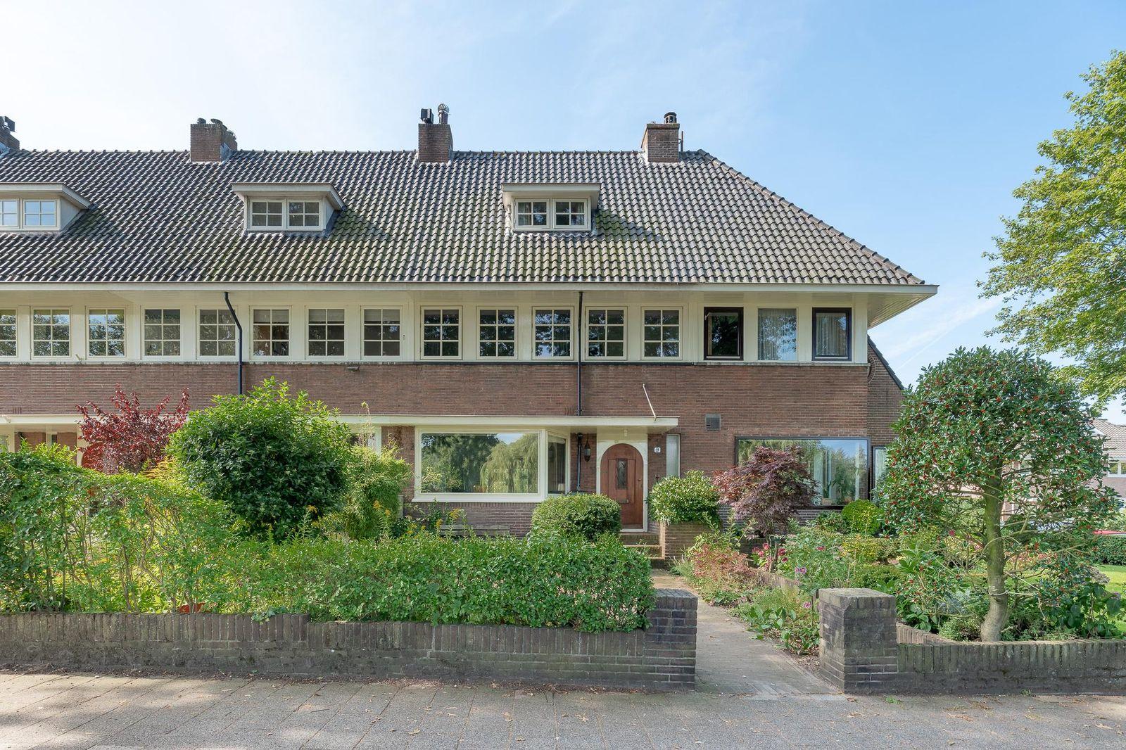 dr. Frederik van Eedenweg 9, Bussum