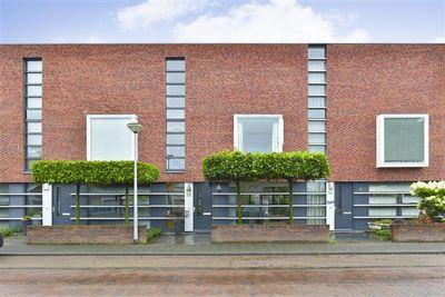 Halstraat 32, Apeldoorn