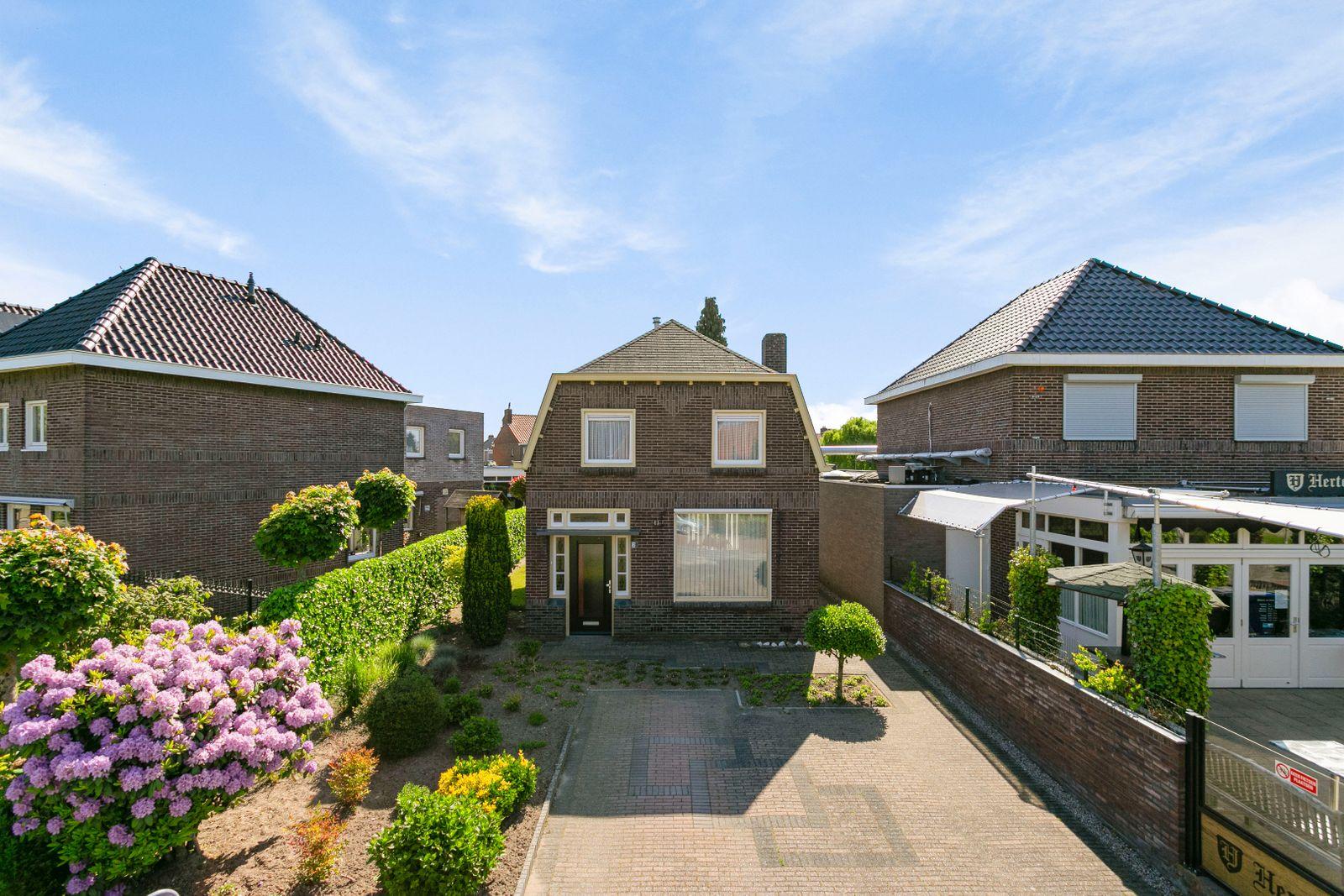 Hoogstraat 2, Veldhoven