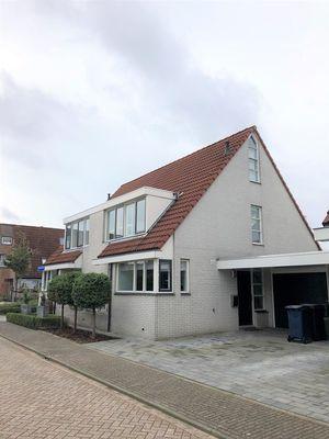 Penningkruidstraat 4, Almere