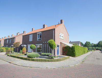 Pater van Donstraat 39, Heibloem