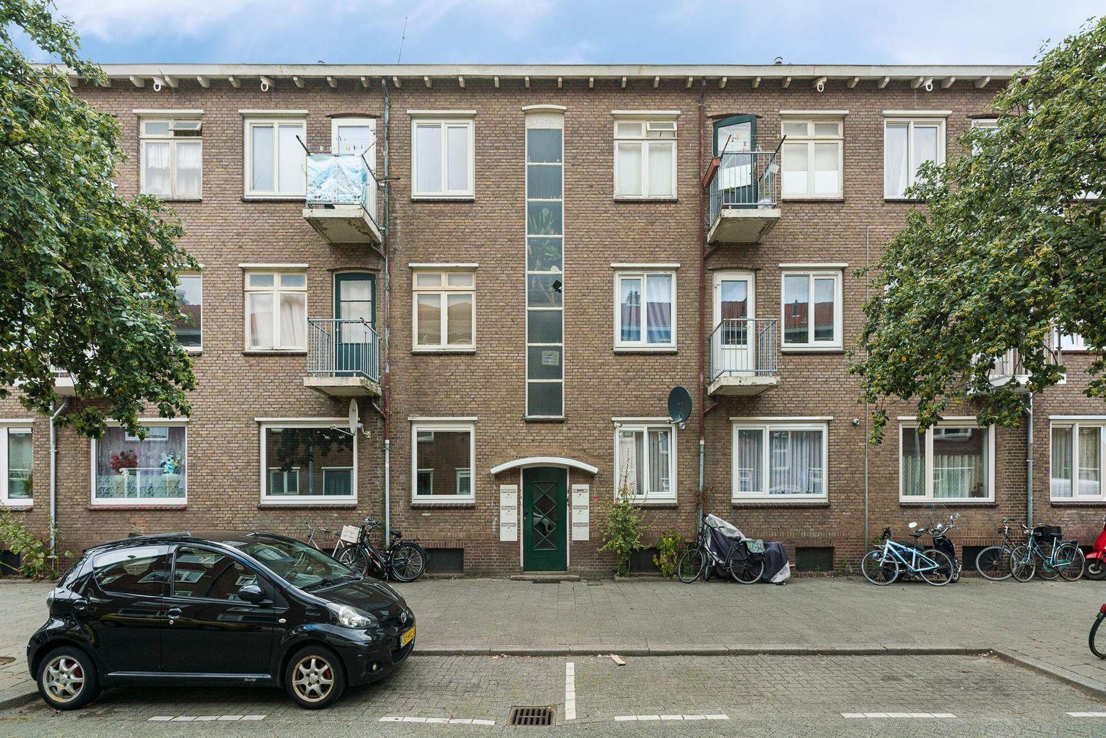 Madeliefstraat 11-a, Rotterdam