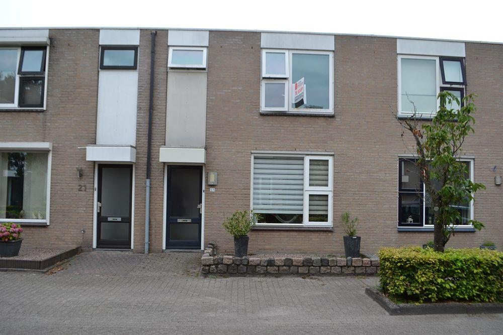 Pastoor van der Zijlestraat 23, Waalwijk