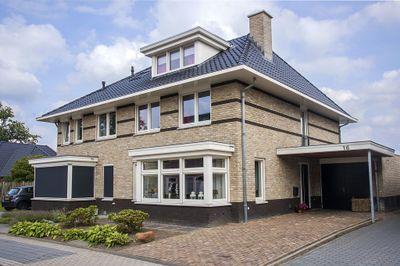 Raanhuisstraat 16, Delden