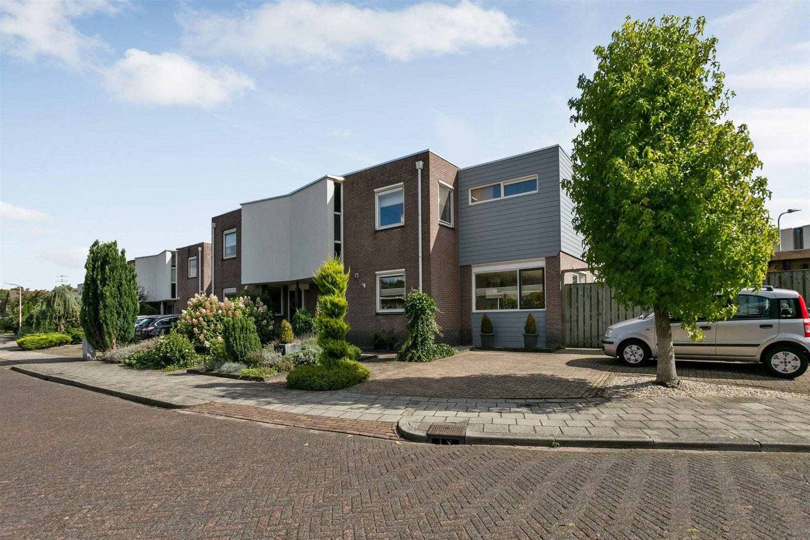 Zwanebloem 19, Hoogeveen