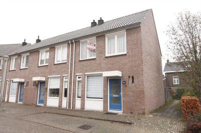 Globestraat 31, Steyl
