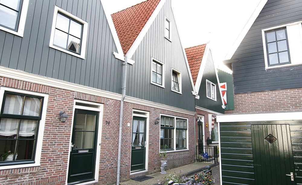 Doolhof 73, Volendam