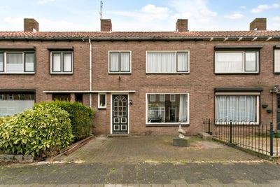 M.D. de Grootstraat 104, Goes