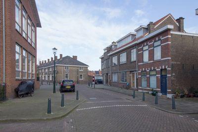 Dr. de Visserplein, Den Haag