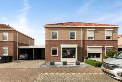 Wim van Eststraat 10, ST. Willebrord