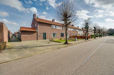 Secretaris van den Hoevelstraat 1, Oisterwijk