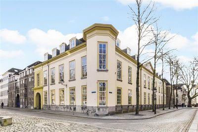 Kasteelplein 73, Breda