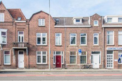 Ruys de Beerenbroucklaan 8, Heerlen